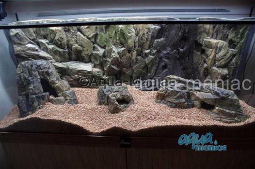 Bundle of long, large and small beige aquarium rocks SAVE £7